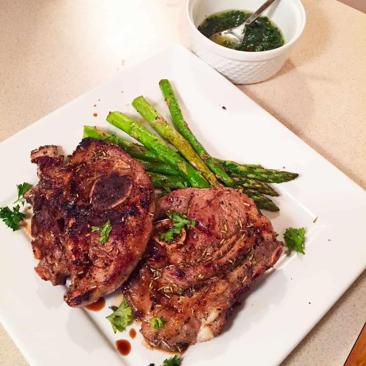 Lamb Chops With Fresh Basil Lamb Sauce