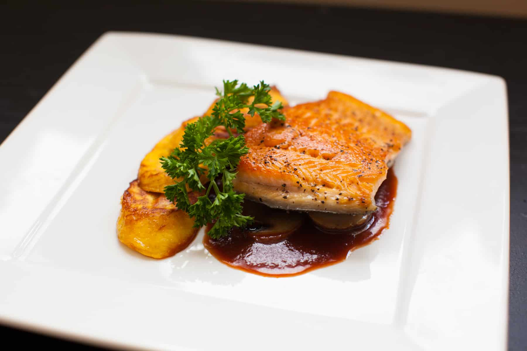 Grilled Fillet with Red wine Tomato Sauce